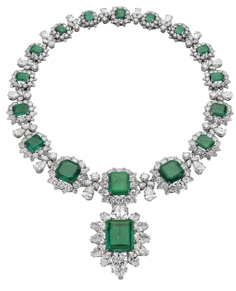 Image: Beautiful Necklace with pendant/brooch made from platinum, emerald, diamond by Bulgari in 1962 and 1958 is one of the Jewels on display at NGA