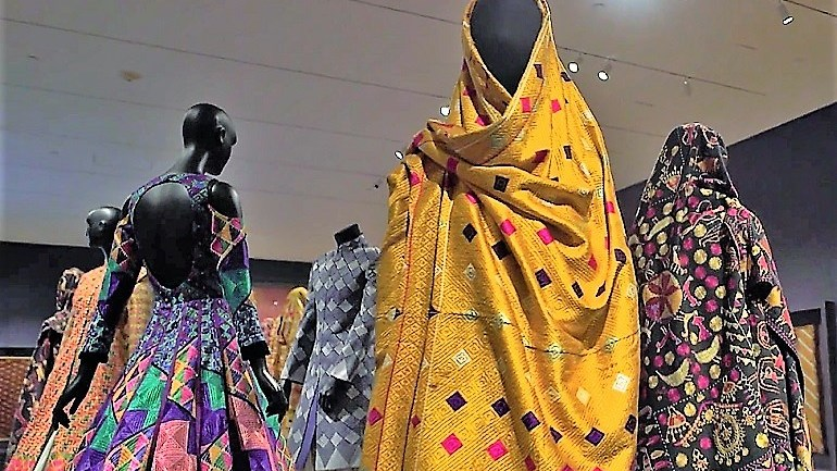 Ornate Phulkari Textiles Are Powerful Symbols of Identity