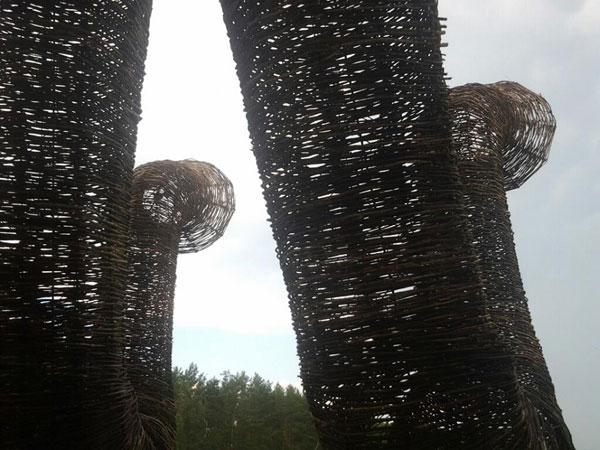 Бобур слоны и деревянные трубы Артхроника