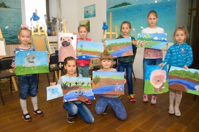 уроки малювання в дитячій групі