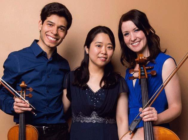 Autuna Trio