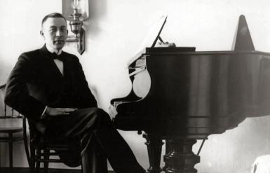 serguei-rachmaninov-concerto-piano-n3-L-B6YYll