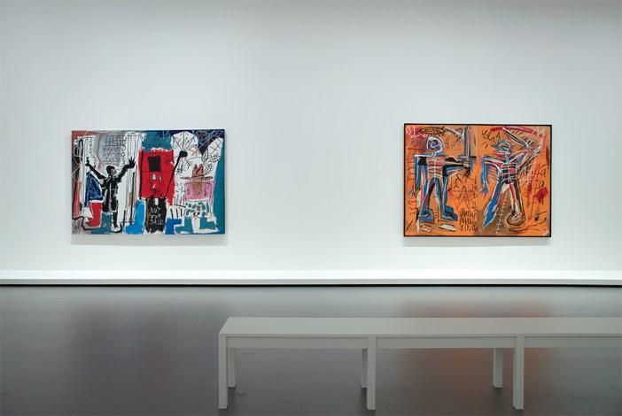 "Vista parcial da exposição ""Jean-Michel Basquiat"", em cartaz na Fondation Louis Vuitton"