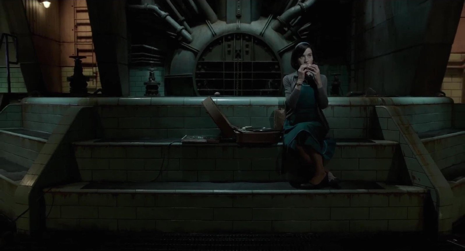 The Shape of Water / Production Designer: Paul Austerberry / Fox Searchlight