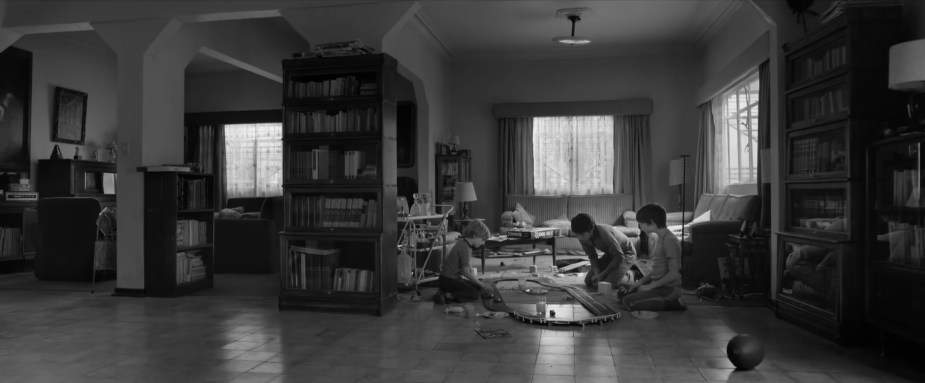 Roma 2018 film- Interior house wide shot of kid's playing- Best Production Design of 2018