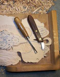 stop cut in relief wood carving