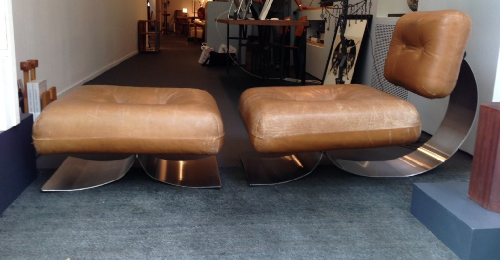 Alta chair and ottoman, 1970s, by Oscar Niemeyer copy