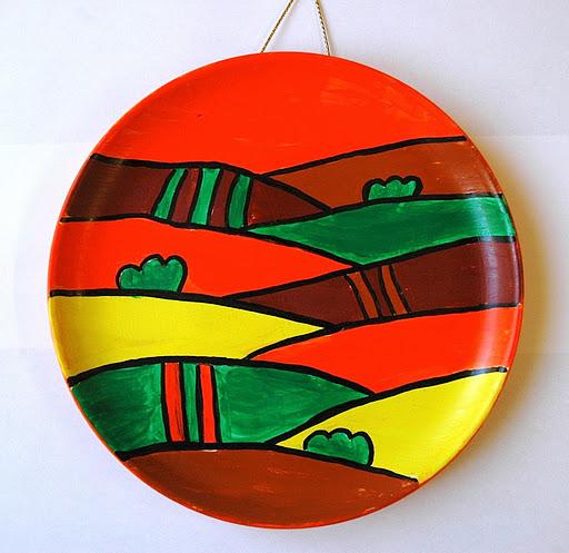 Produzione vendita on line semilavorati accessori tavola ceramica servizio piatti. Plates Decorated With Acrylic Paint Arte A Scuola