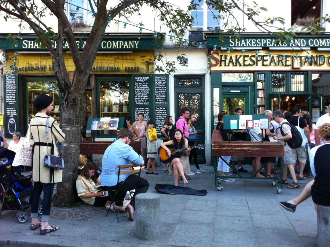 Foto Libreria Shakespeare-and-Company per racconto Pedrazzi