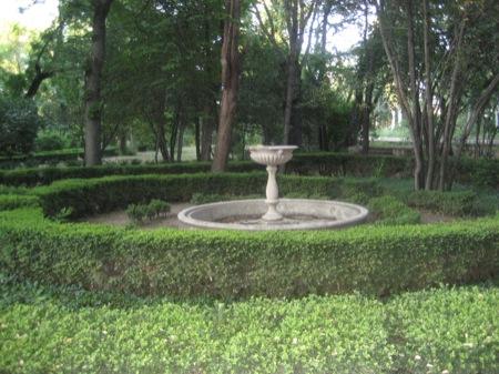 Jardín frente al Palacio Viejo