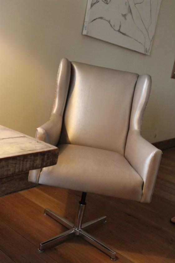simon desk chair