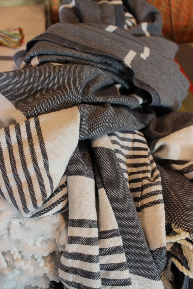 turkish towels - 100% cotton - perfect for bath or beach, tablecloth or sarong