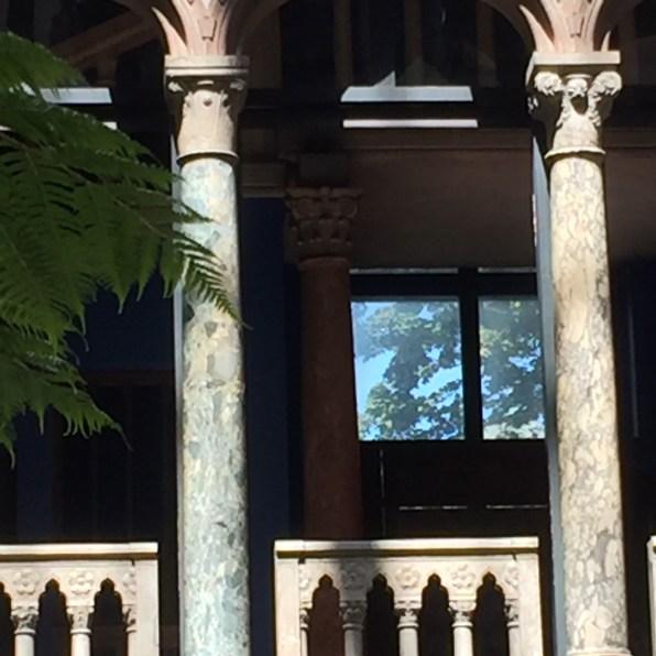 courtyard-columns-isabella-stewart-gardner