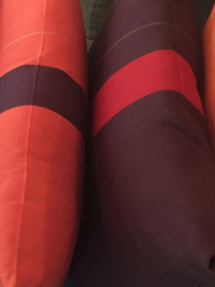 pillow-cotton-orange-red-purple-artefacthome
