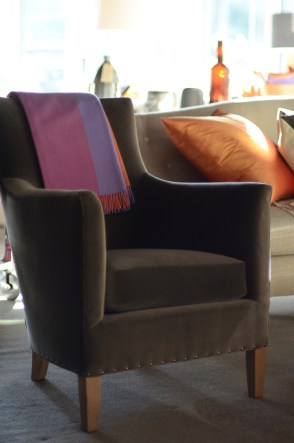victor-club-chair-verellen-upholstered-side-artefact