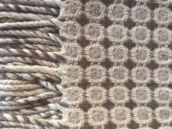 tx-throw-woven burel wool 3@artefacthome
