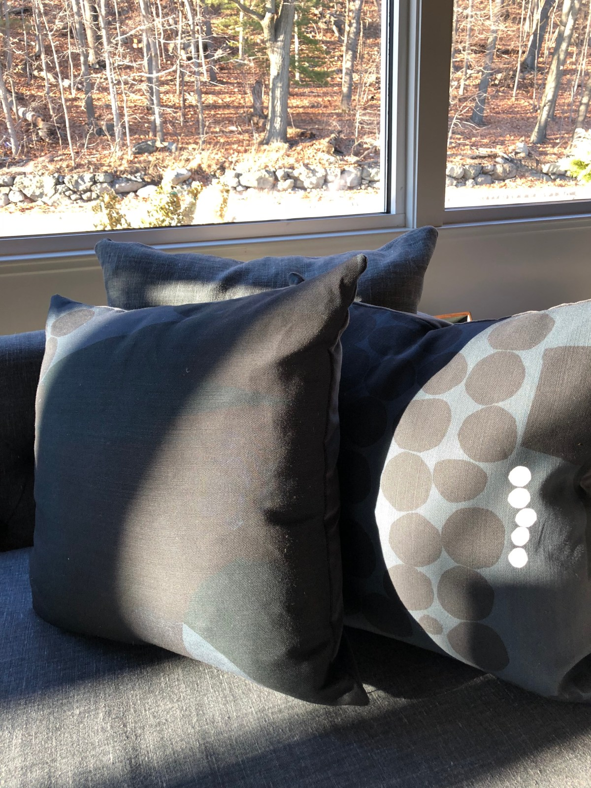 tx-poppy+dandy pillow 4@artefacthome