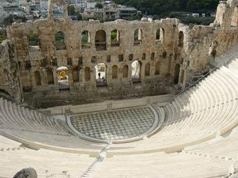 Le-theatre-antique-l_Odeon-.jpg