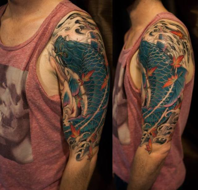 ejemplos tatuajes de peces estilo oriental 8 brazo