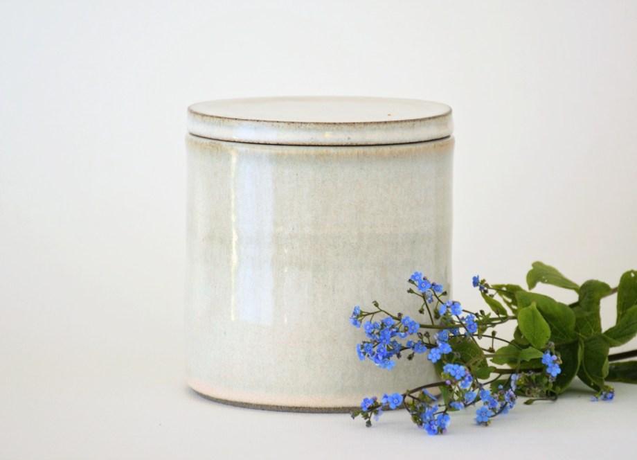 Artemis Parnon urne beige 700 ml