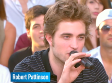 ROBERT PATTINSON AU GRAND JOURNAL DE CANNES