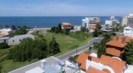 Apartamento con GRAN Terraza con Parrillero, Sol y Vista