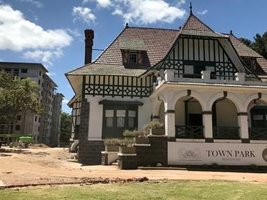 town_park_horiz_casona