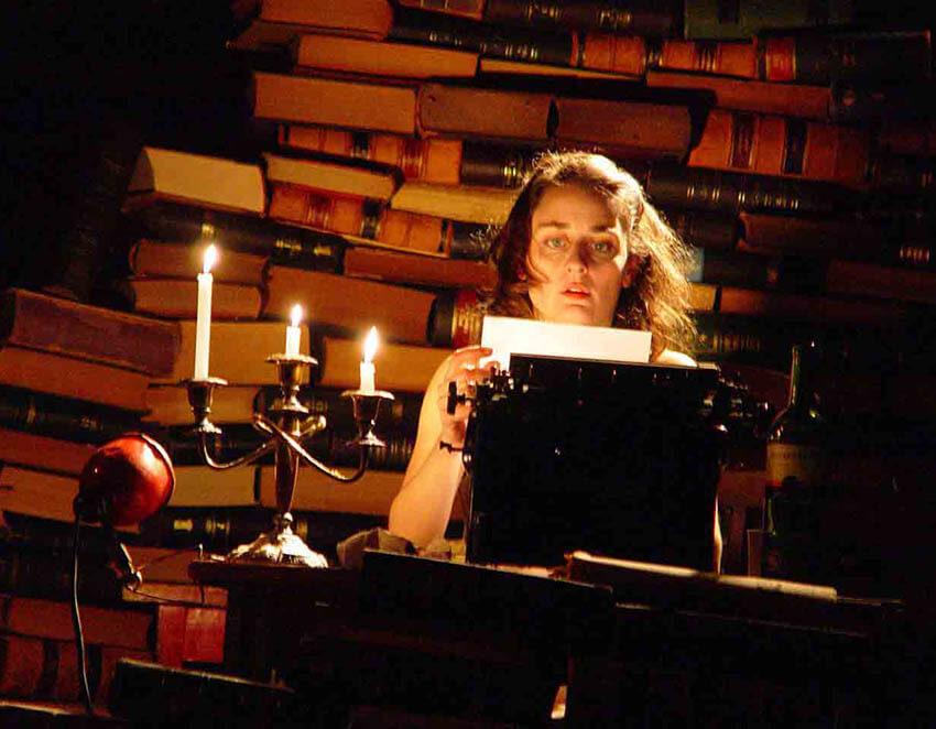 8 escritoras brasileiras que revolucionaram a literatura no mundo