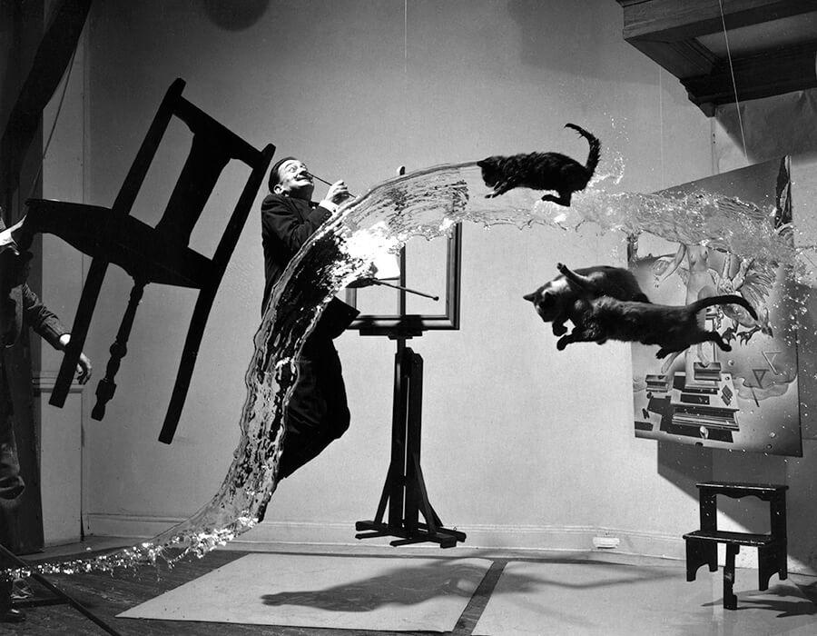 """O segredo por trás da fotografia """"Dalí Atomicus"""" de Philippe Halsman."""