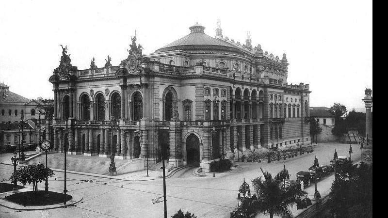 Teatro Municipal de São Paulo, inaugurado em 1911 - divulgação