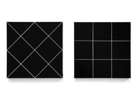 FELIPPE MORAES 8 & 9, 2015 Tinta vinílica e caneta de giz sobre tela (100 x 100 cm)