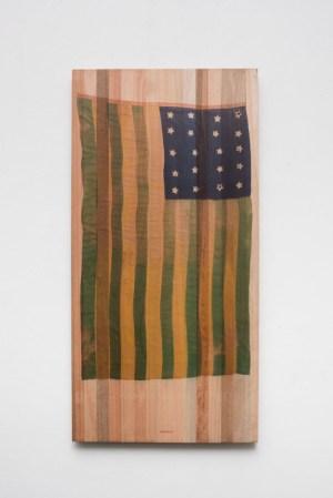 LOURIVAL CUQUINHA 15_11_1889! 07_04_2018!, 2018 Fotografia sobre madeira brasileira (122 x 60 cm) Foto_ Edouard Fraipont