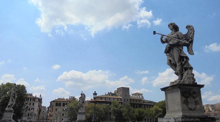 Gian Lorenzo BERNINI (1598-1680) Cópias do projeto do artista. São dez esculturas representando anjos nas laterais da Ponte Sant'Angelo, em Roma, próximo ao Vaticano.