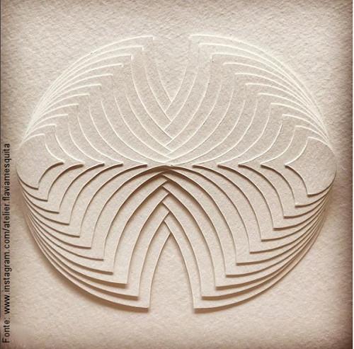 Flávia Mesquita; Fusion, 2017 – Escultura Plana – trama em papel.