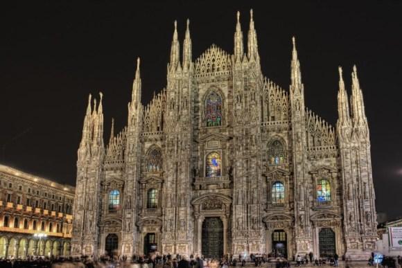 Arte medieval - Arquitetura Gótica | Catedral em Milão, Itália