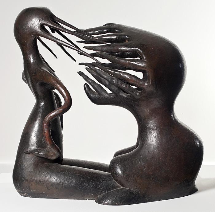 O Impossível, 1945. Escultura em bronze  79,5 x 80 x 43,5 cm.  Foto Jaime Acioli