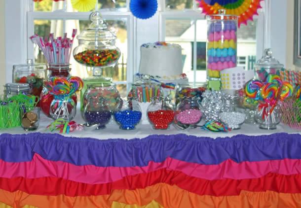 guloseimas-festa-infantil-simples-doces-coloridos