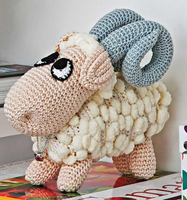 bichinhos-em-croche-cabra