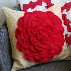Almofada flor de feltro