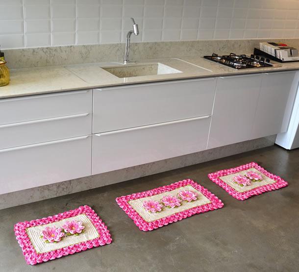 tapete-barbante-cozinha-rosa