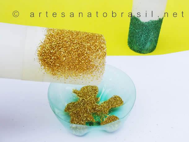 vela-de-natal-decorada-com-glitter-5