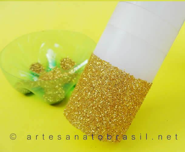 vela-de-natal-decorada-com-glitter-7