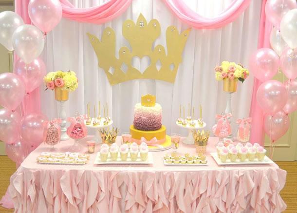 decoracao-de-cha-de-bebe-princesa-rosa-dourado