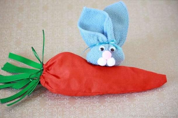 coelho-de-toalha-cenoura