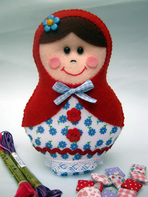 Boneca Matrioska de feltro