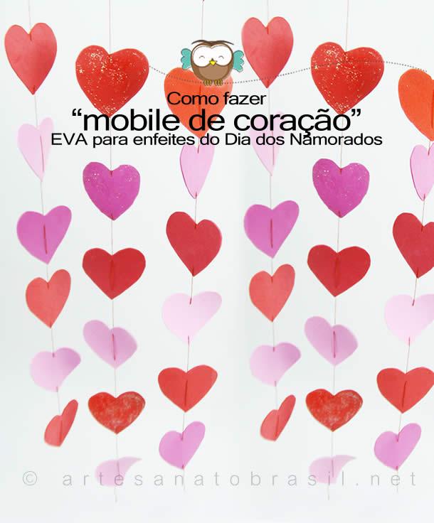 Mobile de coração com EVA