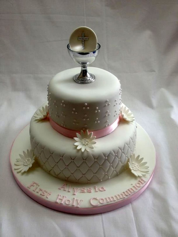 bolo-de-batizado-calice-prata