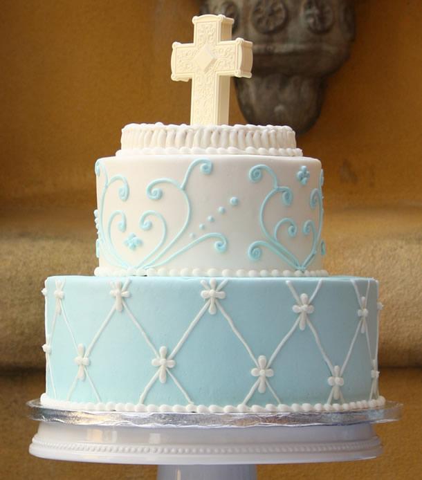 bolo-de-batizado-menino-arabescos