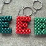 chaveiro letras missanga - artesanatobrasil.net