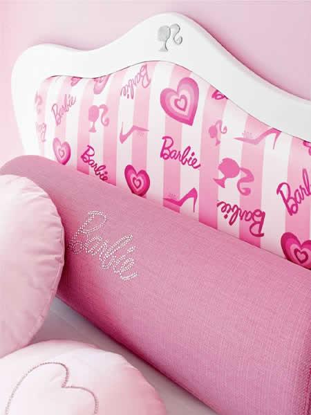 Modelo de cabeceira da cama da Barbie